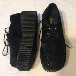 80807916f7f85 Demonia Shoes - Demonia CREEPER-202 Goth Punk Alternative Shoes